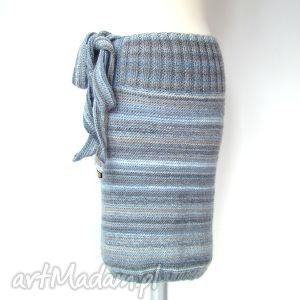 spódnica dzianinowa w szarościach, z wiązanką:), spódnica, wiązanka, dzianina