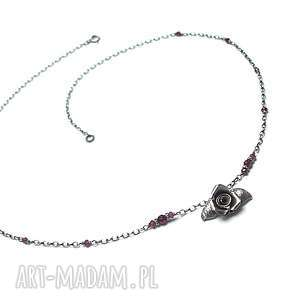 Garden roses vol. 3 -naszyjnik , srebro, oksydowane, róża, granat, granaty, kwiat