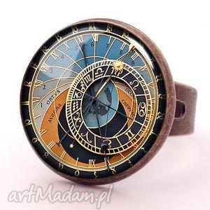 praski zegar - pierścionek regulowany, prezent, grafika