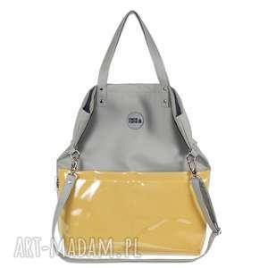 na ramię torebka damska cube jasno szara z żółtymi kieszeniami