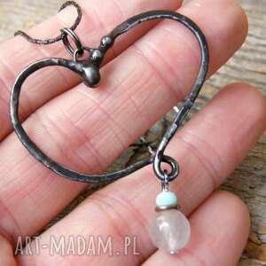 ręcznie wykonane wisiorki łańcuszek z wisiorkiem na walentynki: serce kwarcem