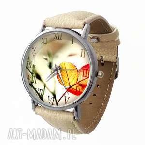 Jesienna nostalgia - Skórzany zegarek z dużą tarczą, zegarek, skóra, jesienny, liście