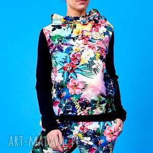 Bluza z kominem tęczowe kwiaty, bluza-z-kominem, bluza-w-kwiaty, dresowa-bluza, dres,