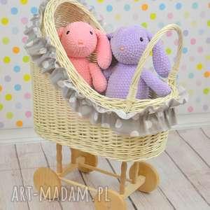 wiklinowy retro wózek dla lalek - wózek, lalka, wiklina, retro, biały