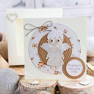 Kartka z aniołkiem stróżem w pudełeczku szybką personalizowana