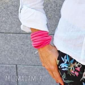 bransoletka zawijana damska na lato, modna dla niej, bawełniana