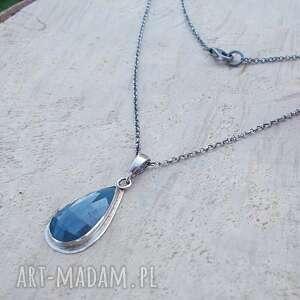szafirowa kropla - naszyjnik, srebrny naszyjnik, ze srebra, szafir, kamienie
