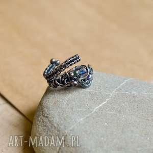 rainbow - pierścionek ze szkłem tęczowym, z miedzi