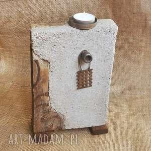Świecznik z betonu i drewna, loft, industrialny, unikat 2