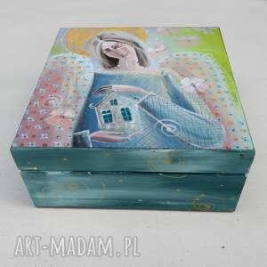 hand-made pudełka szkatułka dom zastąpi cały świat, świat nie