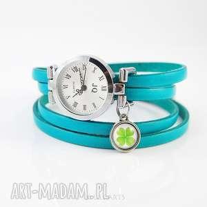 bransoletka, zegarek - koniczynka niebieski na szczęście