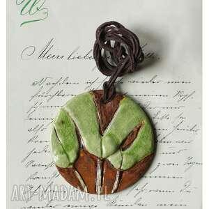 wisior z liśćmi miłorzębu, ceramika, wisior, liść, miłorząb