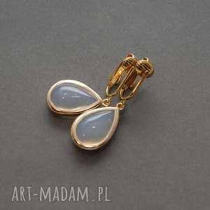 klipsy z łezką opalową, opal, eleganckie, wiszące, wieczorowe, małe, delikatne