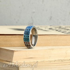 oryginalny prezent, obrączka w turkusie, obrączka, pierścionek, geometryczne, brąz