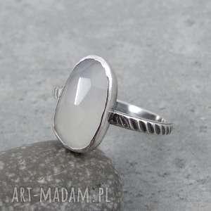 Z jedwabistym kamieniem, klasyczny, elegancki, jasny, kamień-księżycowy,