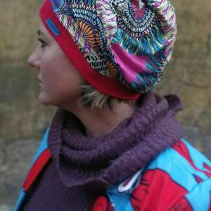 czapka damska na podszewce rozmiar uniwersalny kolorowa energetyczna