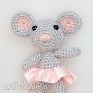 myszka mała - na zamowienie, myszka, maskotka, zabawka, mysz, szydełkowa maskotki