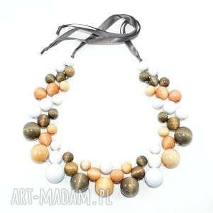 Neutralny naszyjnik z drewnianych koralików korale pmpb style