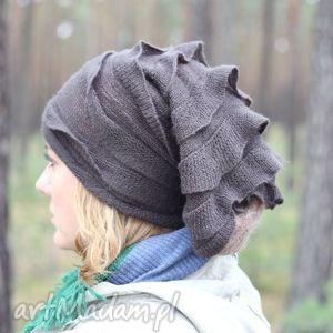 handmade czapki sprawa nocnika z pod kontroli się wymyka