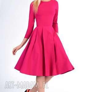 Sukienka ZUZA Midi Amarant, midi, zakładki, rozkloszowana, kieszenie, wyjątkowa