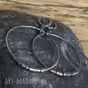 kolczyki srebrne duże koła, metaloplastyka, srebro oksydowane, wiszące