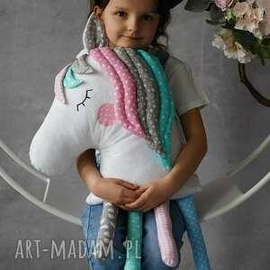 maskotki poduszka dziecięca koń z grzywą, koń, na prezent, prezent