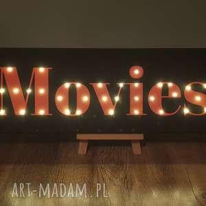 świecący napis movies film kino domowe prezent dla niego fana kina dekoracja