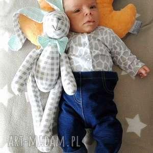 maskotki króliczek z muchą dla malucha, miś, narodziny, prezent, dziecko