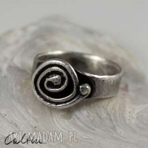 pierścionki ślimak - srebrny pierścionek rozm. 10