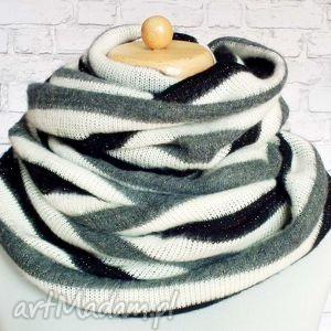 fluufy stripes cieplutki miły komin szal koło, kominy, dzianinowy, paski, szary
