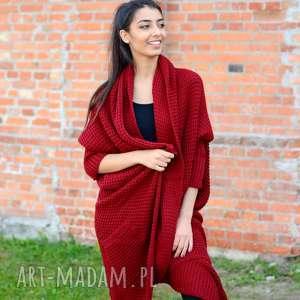 długi, gruby damski zimowy, jesienny asymetryczny sweter, zimowa narzutka