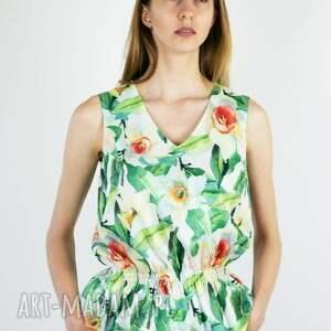 biała bluzka w żonkile, wiosenna, wygodna, kobieca, kwiaty
