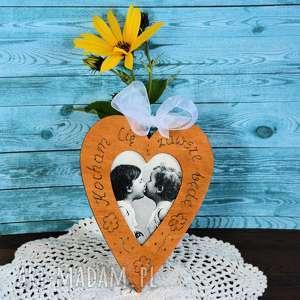 serduszko drewniane - pocałunek, serce, drewno, ślub, rocznica, walentynki