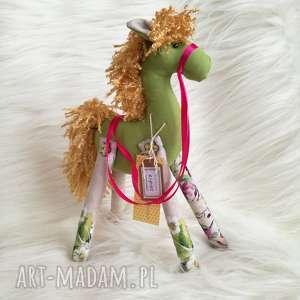 dekoracja tekstylna - konik, szyty, koń, urodziny, prezent, wiosna