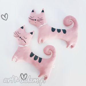 ręcznie robione maskotki kotek przytulaczek