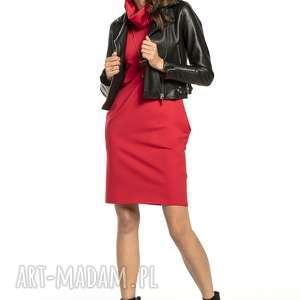 dopasowana sukienka z kominem i kieszeniami, t296, czerwona