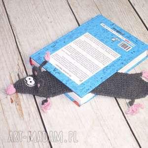 Zaczzytany szczurek, szczur, zakładka, książka, czytanie, walentynki