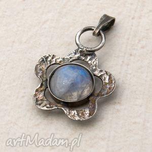 hand-made wisiorki a191 księżycowa stokrotka -srebrny wisiorek