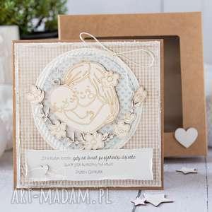Kartka dla młodej mamy narodziny dziecka gratulacje rodziców