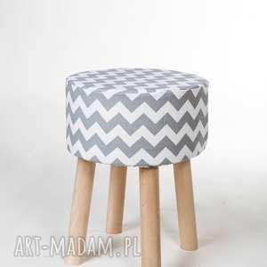 Puf stołek siedzisko Fjerne M szary zygzak, puf, stołkek, taboret, siedzisko, drewno