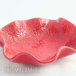 salaterka w czerwone róże, ceramika artystyczna, na stół, prezent, salaterka