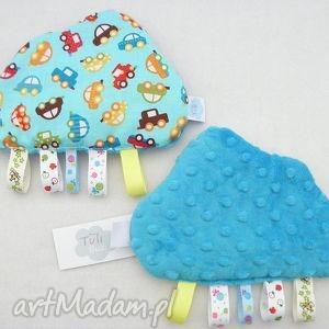 zabawki tuli chmurka - sensorek z metkami przytulanka sensoryczna auta