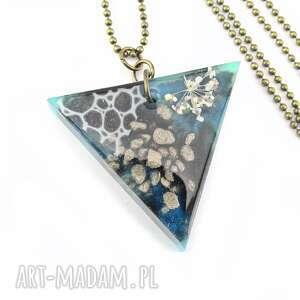 mela art 0866/mela - wisiorek z żywicy, kwiaty, trójkąt, wisiorek, trójkąt