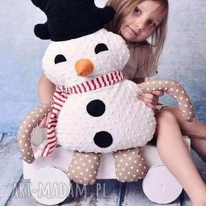 ręczne wykonanie pomysł na prezent pod choinkę przytulanka dziecięca bałwan w szaliku