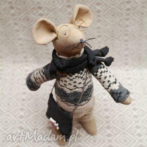 Gryzoń luzak węzełek maskotki millka szczur, mysz, zima, kot