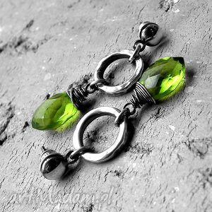 srebro i zielony kwarc - kolczyki glamrock, glam rock, surowe, zadziorne