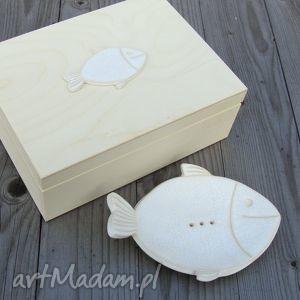 Zestaw lazienkowy, mydelniczka, pudełko, łazienka, rybka, spękane, ceramika