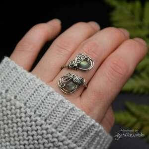 pierścionek regulowany złoty labradoryt stal chirurgiczna wire wrapping