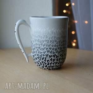 kubek serduszka ombre czarno białe, ceramiczny, ceramika