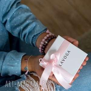 ręcznie wykonane bransoletki ♡ bransoleta na gumce silikonowej. ♡ bransoletka zapakowana w ozdobne opakowanie z logo marki - idea